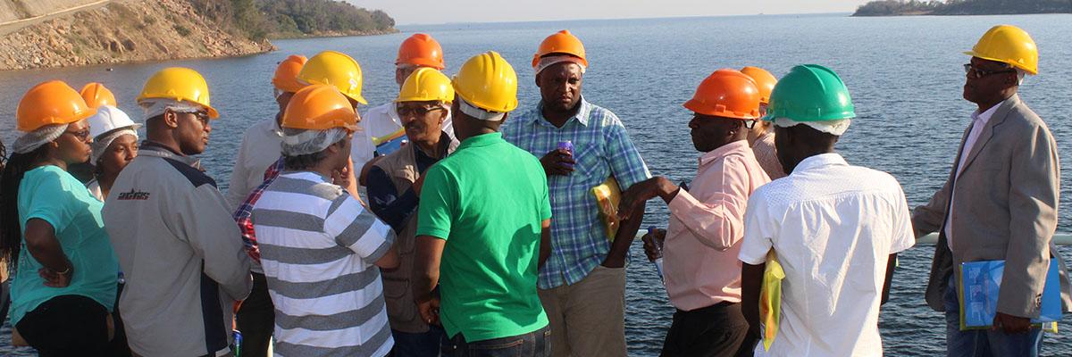 Kariba Dam wall Visit